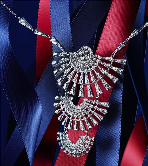 swarovski-necklace-xmas2020